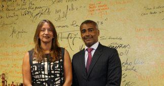 Daniela Carrera-Marquis, com o gerente de Operações do BID e o senador Romário